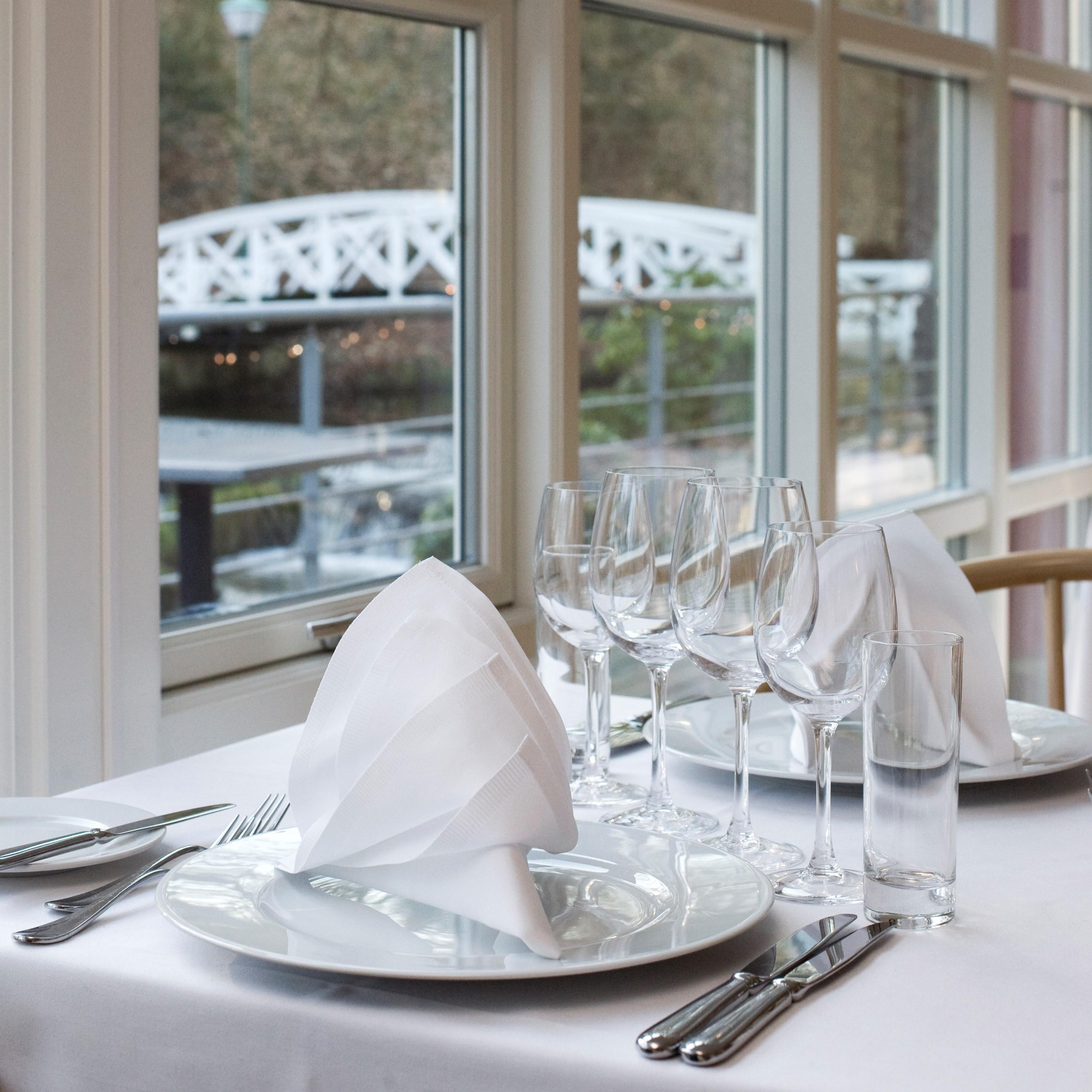 Restaurant Møllehuset selskaber lokaler verandaen